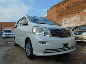 2005 TOYOTA ALPHARD Automatic 8 Seater MPV Both Electric Doors 39 k milage