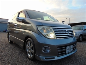 NISSAN ELGRAND Highway Star 3.5 V6 Automatic LEATHER LOW MILEAGE