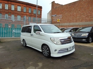 NISSAN ELGRAND RIDER 3.5 V6 Automatic 8 Leather Seats Alphard Estima 4WD